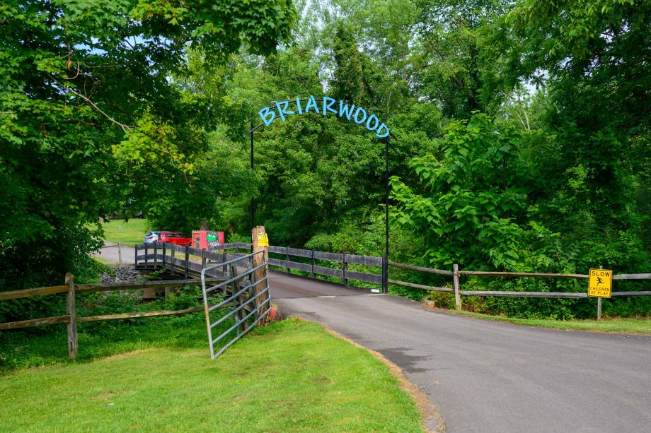 Briarwood welcome sign and driveway